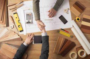 Händeschütteln bei Bauplanung