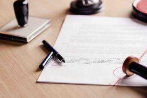 Testament wird vom Notar beglaubigt