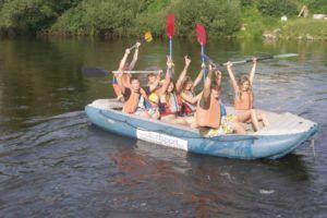 Kinderhilfswerk Bootsausflug