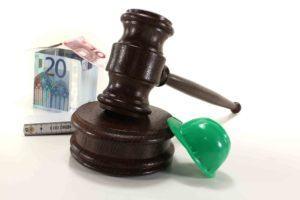 Arbeitsrecht Hammer, Helm und Geld